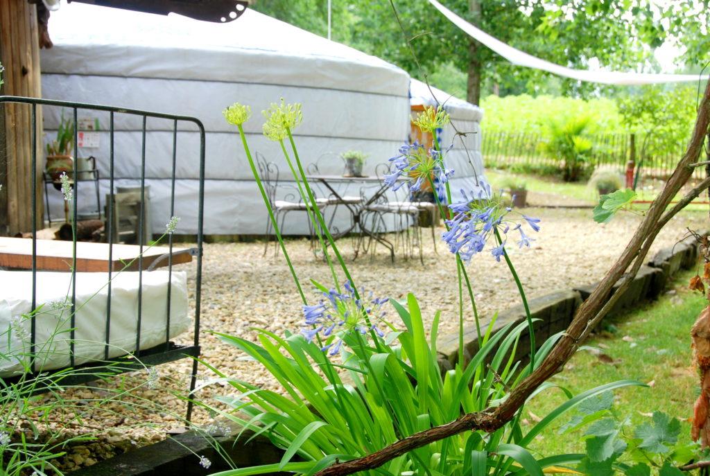 Vacances famille insolite en Yourtes jumelées - Gers- Lot et Garonne -Yourtes de gascogne
